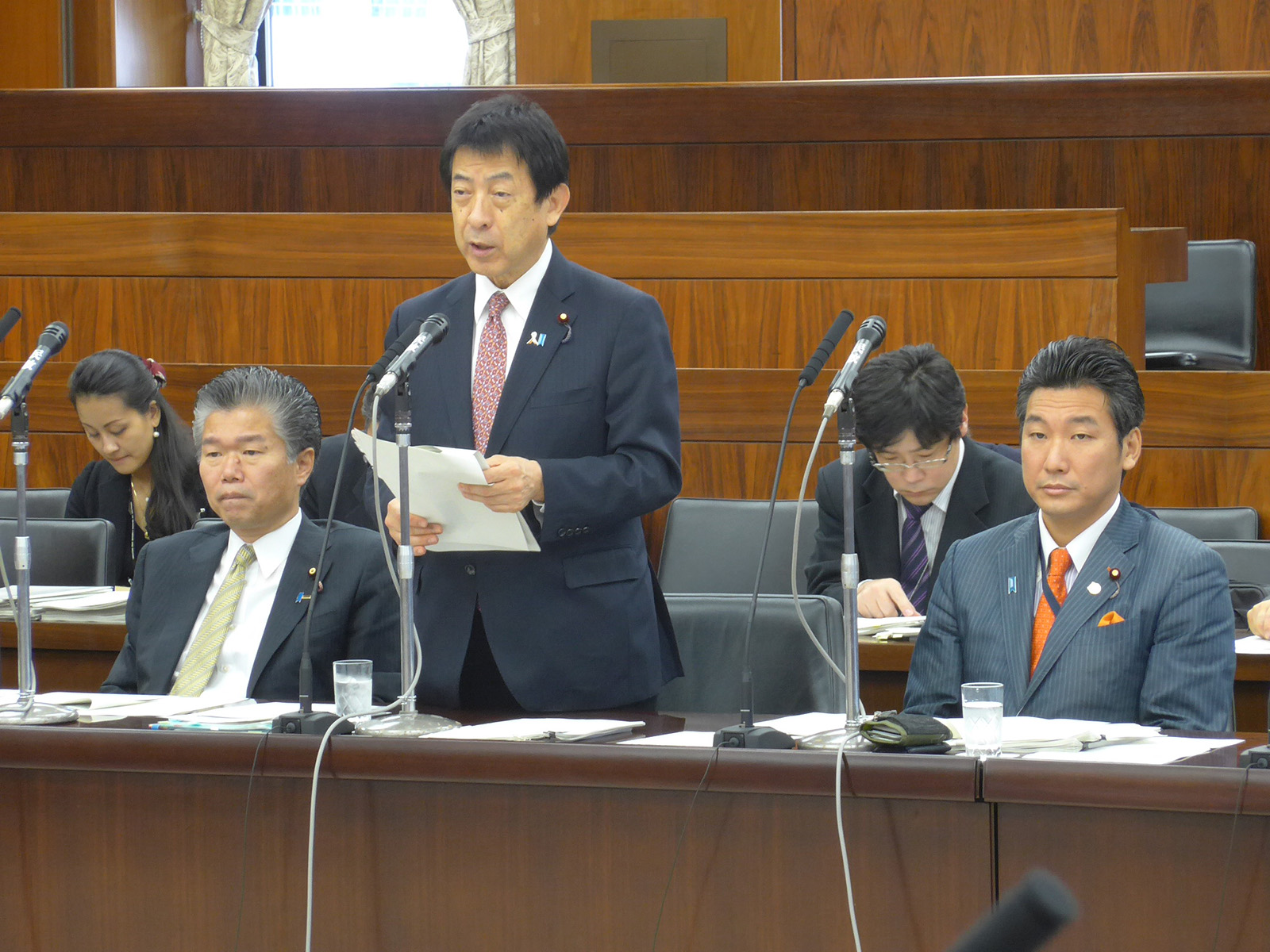 会期末・年金改革法案が可決成立